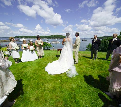 http://www.katherinesevents.com/media/gallery/bar_harbor/bar-harbor-wedding01.jpg