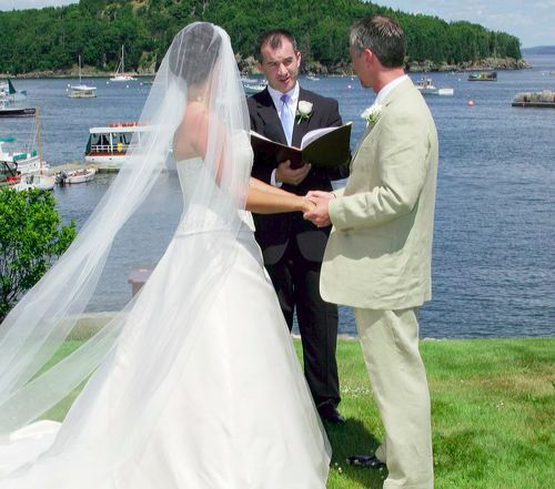 http://www.katherinesevents.com/media/gallery/bar_harbor/bar-harbor-wedding02.jpg