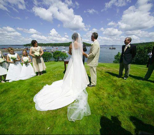 http://www.katherinesevents.com/media/gallery/bar_harbor/bar-harbor-wedding03.jpg