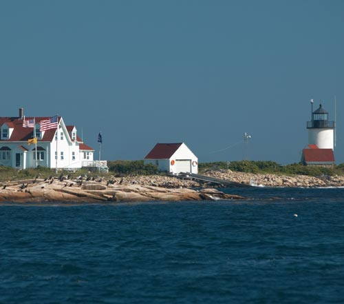 http://www.katherinesevents.com/media/gallery/lighthouses/lighthouses16.jpg
